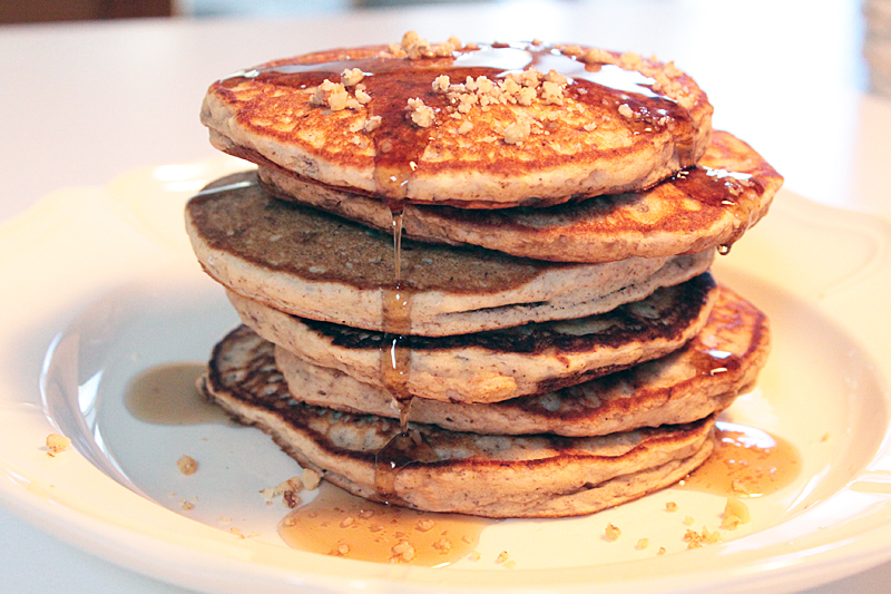 ... Banana nut bread - move over! These banana nut pancakes are quick and