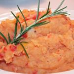 Roasted Red Pepper and Rosemary Whipped Potatoes