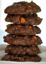 Fudgy Peanut Butter Oatmeal Cookies